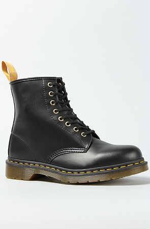 dr.marten vegan boot