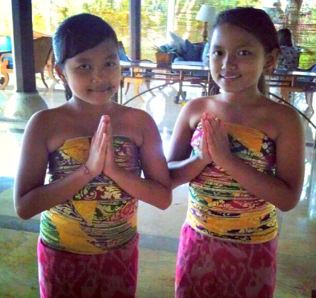 girls_bali_tmom