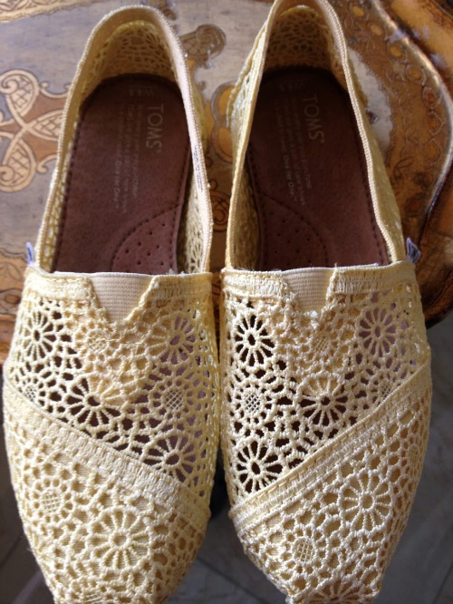 toms_yellow_crochet