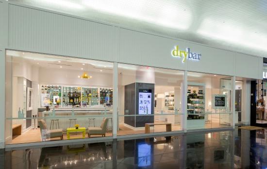 Drybar Vegas Storefront_Credit Jeff Green