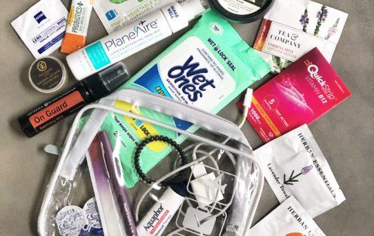 Carry on bag travel essentials | Stefanie Van Aken RSMLVTravel